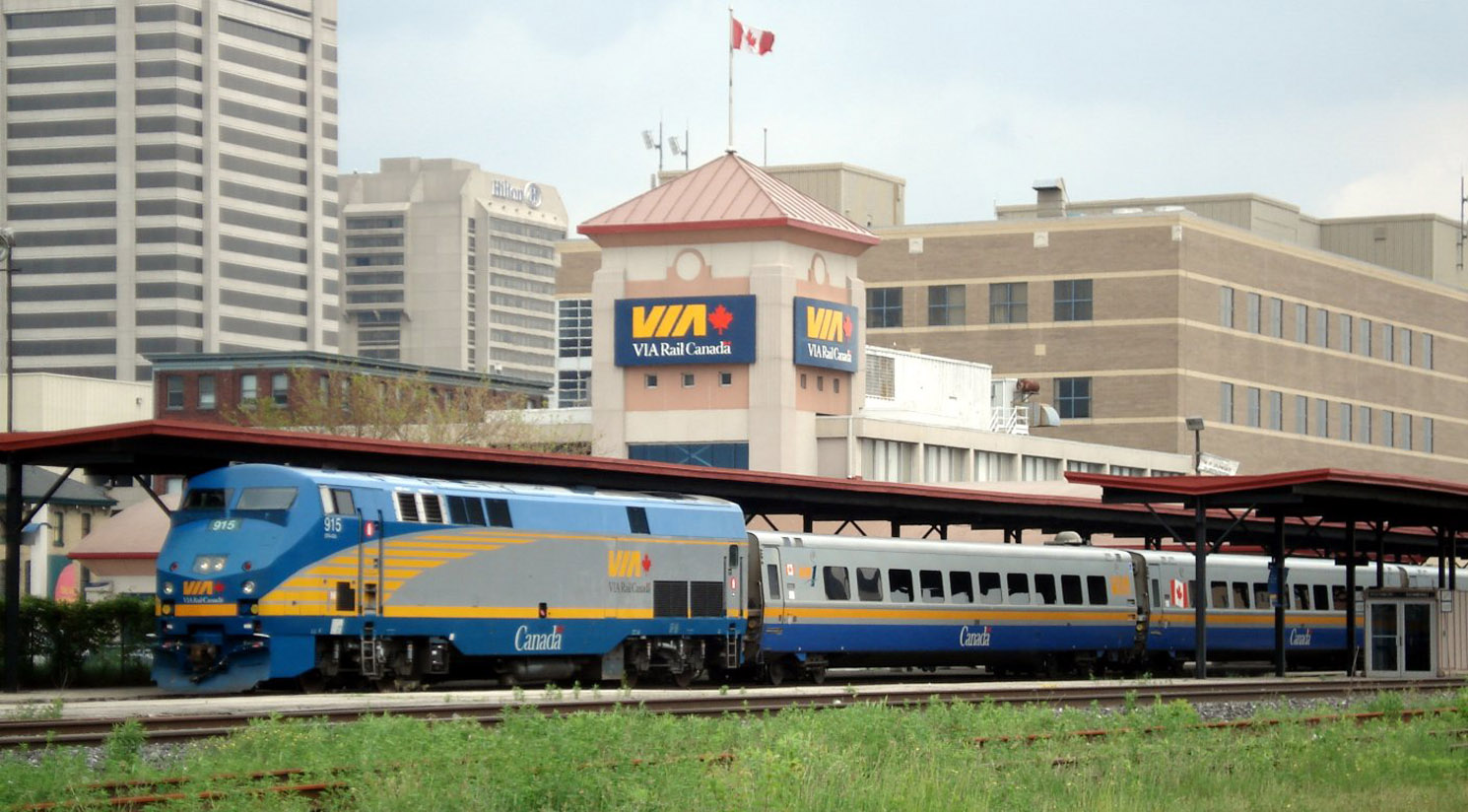 VIA Rail High Speed Rail Track Standards (Classes 1 to 5 and 6 to 9)